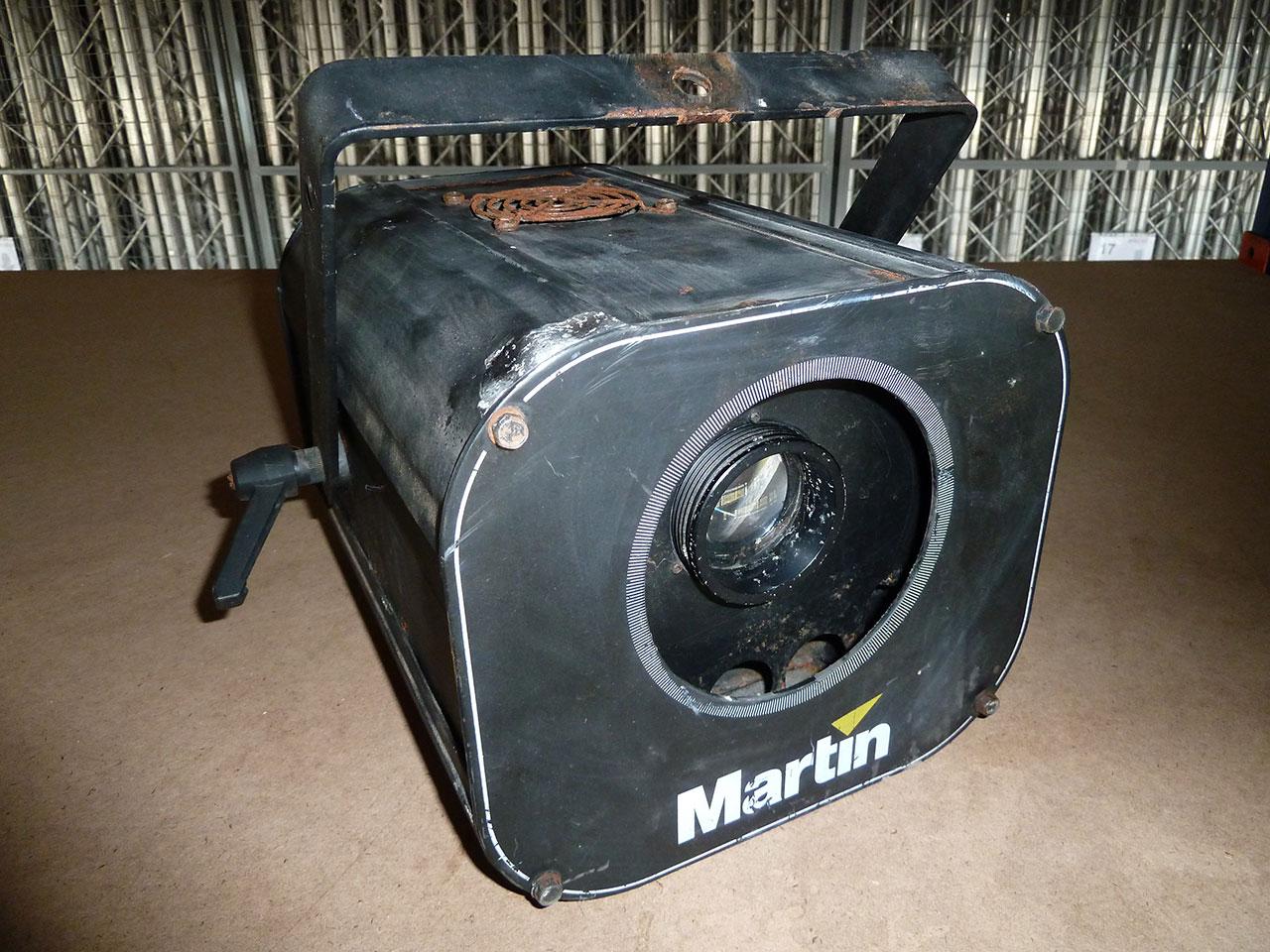 projector-robocolor-pro-400-3